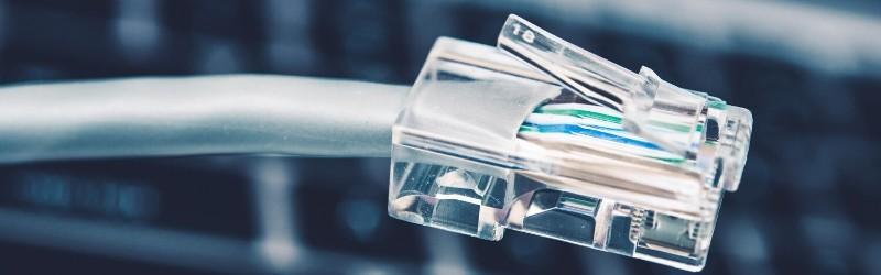 スマホやノートパソコンメインで有線LANが使えない場合